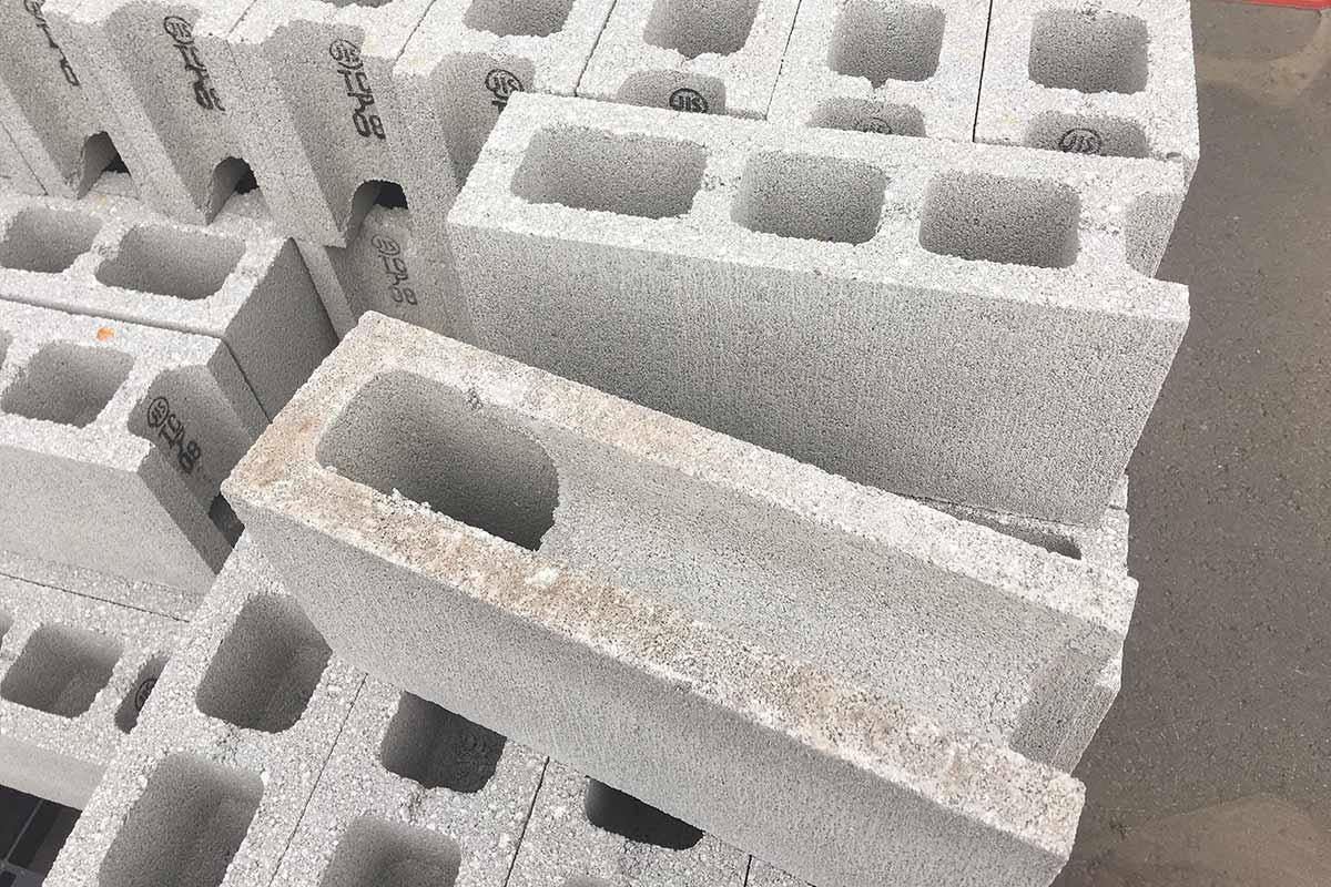 コーナーブロックの画像